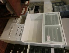 安佐南区西原にて食器棚の買取がありました。