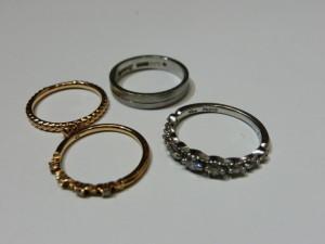 安佐南区 山本にてpt900 とk18の指輪などの買取でした。
