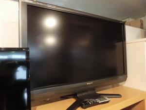 シャープ アクオス 液晶テレビの買取がありました。 LC-40AE7
